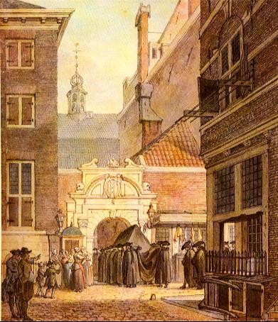 Het dodenpoortje van de Waalse Kerk in Amsterdam, in de Oude Hoogstraat
