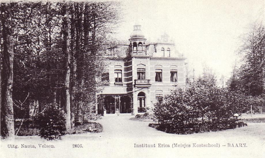 oude foto kostschool Erica in Baarn, Theodora Aleida was er 16 jaar directrice