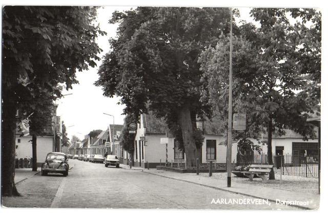 straat in Aarlanderveen